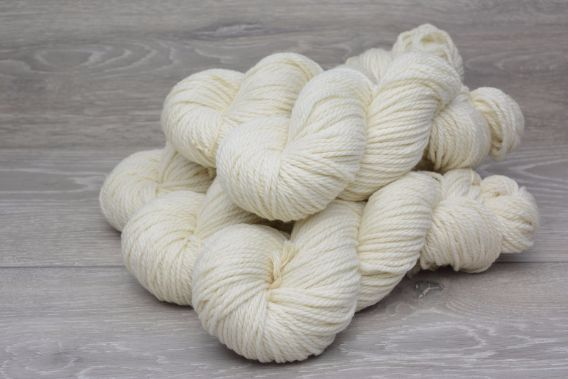 Aran/Worsted Sustainable Extrafine (19.5 micron) New Merino Wool Yarn 5 x 100gm Pack